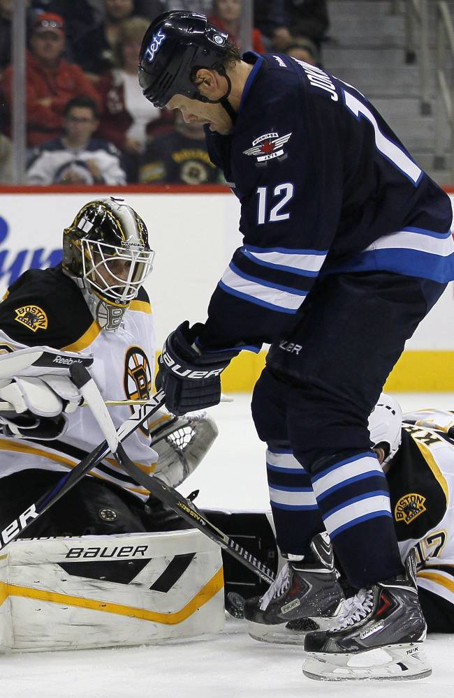 Bruins top Jets 3-2 in OT