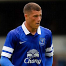 Martinez lauds 'special' Everton youngster Barkley