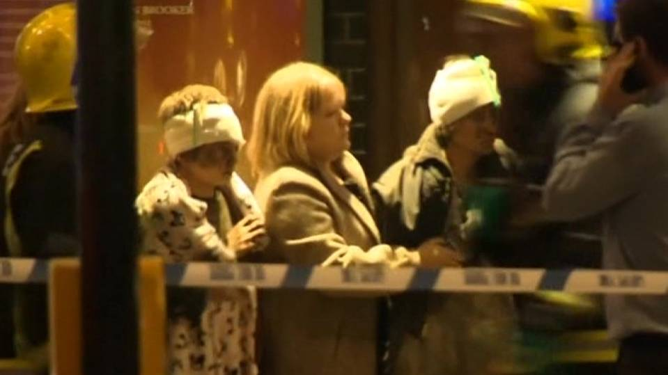 Sixty-five hurt as London theatre ceiling collapses