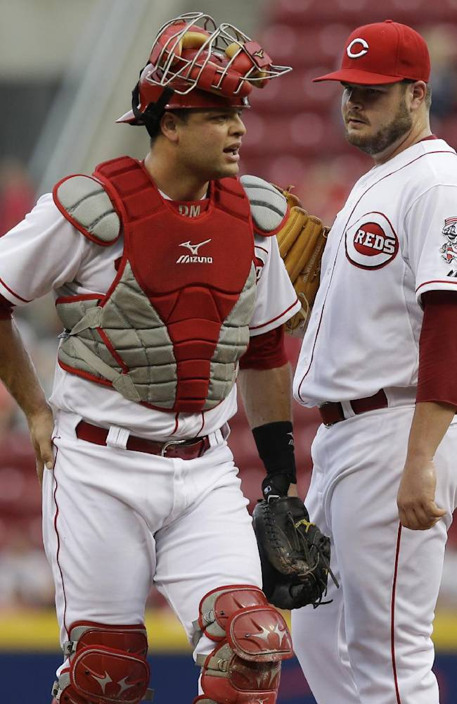 Reds call up RHP Corcino, send Holmberg to minors