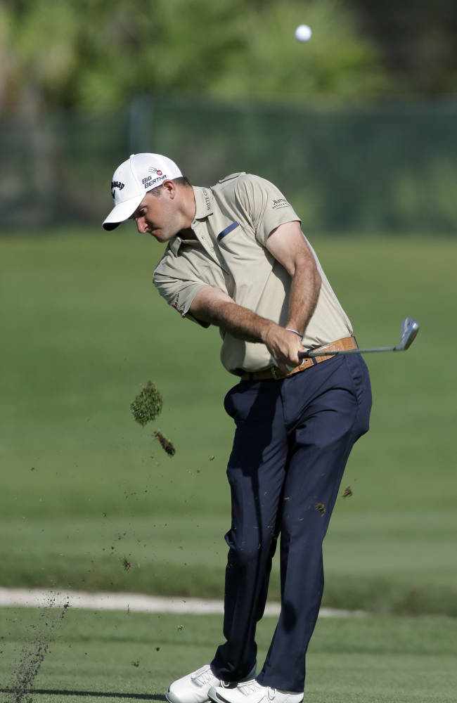 Sam Saunders leads Web.com Tour Finals opener