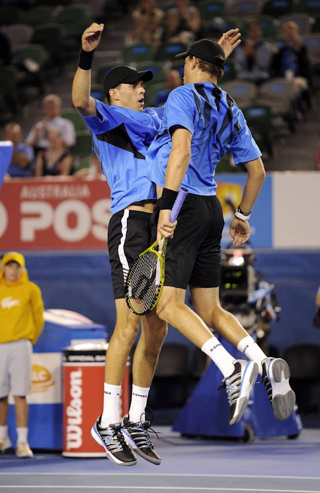 Bryans make earliest exit at Aussie Open since '03