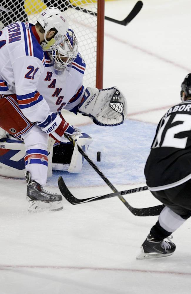 LA Kings outlast Rangers 5-4 in double OT