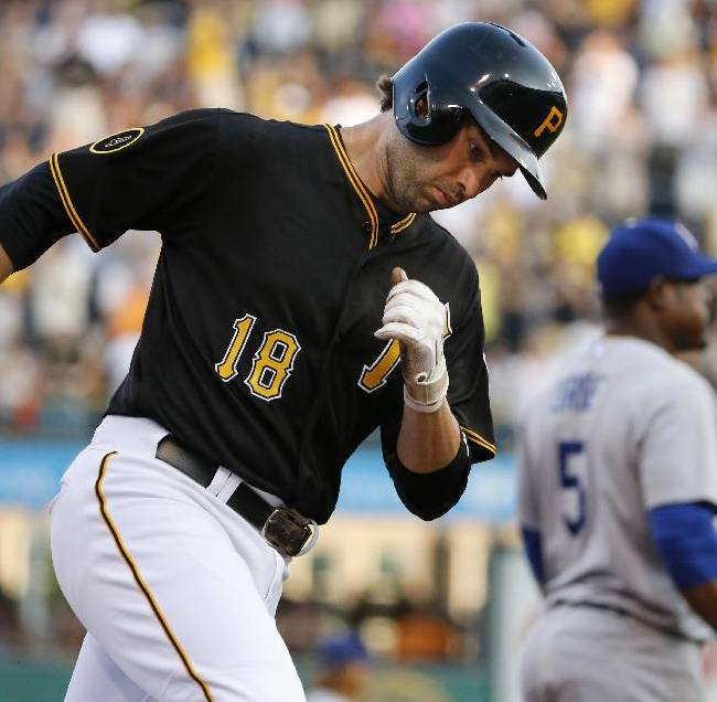 Polanco, Walker lift Pirates over Dodgers 12-7