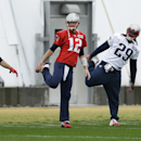 New England Patriots wide receiver Julian Edelman (11), quarterback Tom Brady (12), running back LeGarrette Blount (29)and running back Shane Vereen (34) stretch during practice Friday, Jan. 30, 2015, in Tempe, Ariz. The Patriots play the Seattle Seahawks