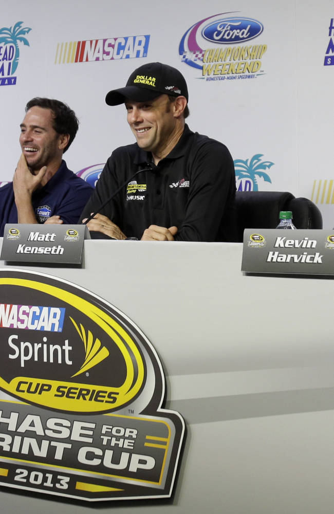Johnson has 6th NASCAR title well within reach