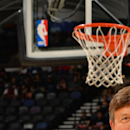Announcer Craig Sager returns from leukemia to NBA sideline The Associated Press
