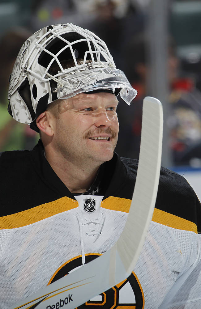 Goaltender Tim Thomas #30 of the Boston Bruins skates on ice just prior to the game against the Florida Panthers on November 24, 2010 at the BankAtlantic Center in Sunrise, Florida. The Bruins defeated the Panthers 3-1. (Photo by Joel Auerbach/Getty Images)