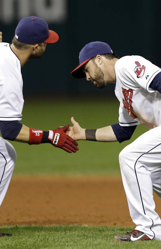 Playoff chase: AL wild-card race tangled