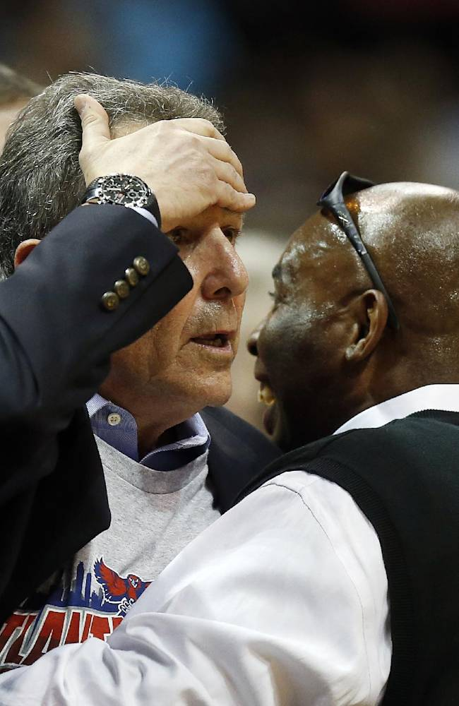 NBA will consider giving refs more replay rights
