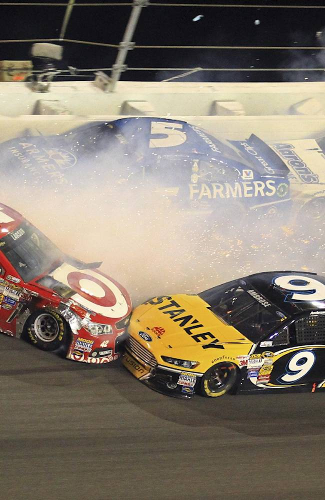 Earnhardt Jr. wins 2nd Daytona 500 a decade later