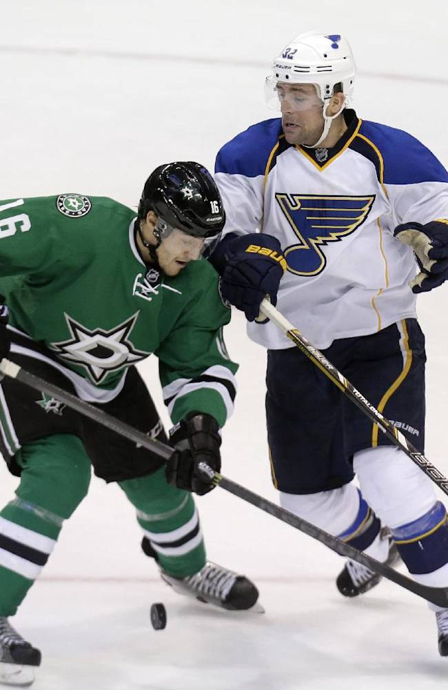 Daley, Stars beat Blues 3-0, end playoff drought