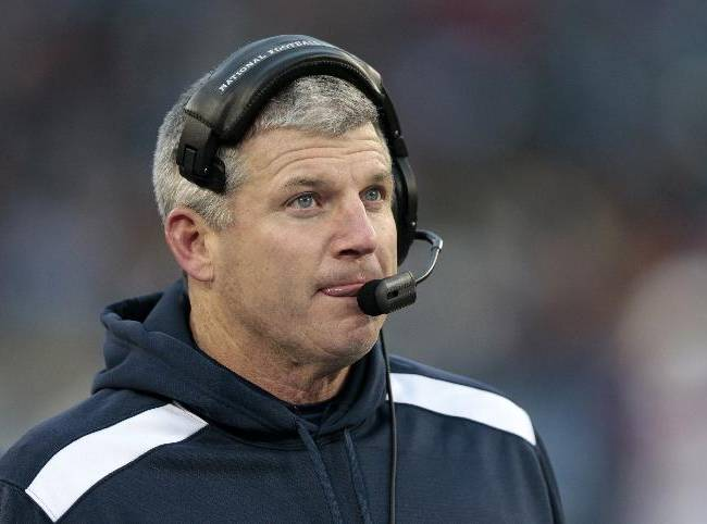 AP source: Munchak to join Steelers' staff
