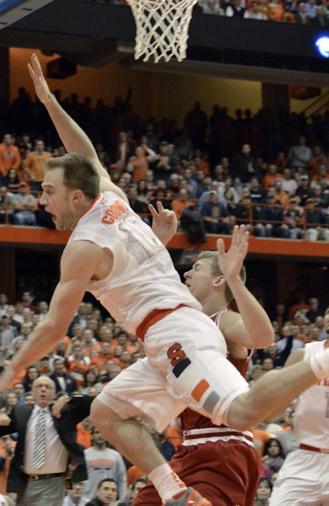 No. 4 Syracuse surging early with new backcourt