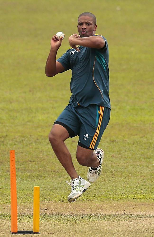 South African bowler Vernon Philander delivers a ball during a training session before their warm up game against Sri Lanka Board XI in Moratuwa on the outskirts of Colombo, Sri Lanka, Thursday, July 3, 2014