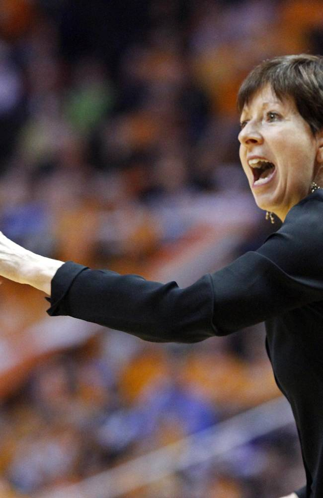Notre Dame head coach Muffet McGraw yells to her team in the second half of an NCAA college basketball game against Tennessee Monday, Jan. 20, 2014, in Knoxville, Tenn. Notre Dame won 86-70