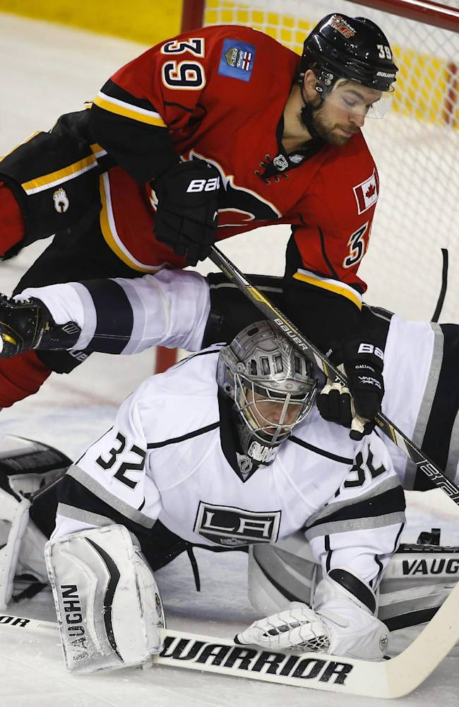 Brown, Quick lift Kings over Flames 2-0