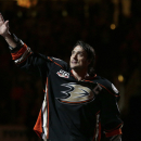 Anaheim Ducks to retire Selanne's jersey Jan. 11 The Associated Press