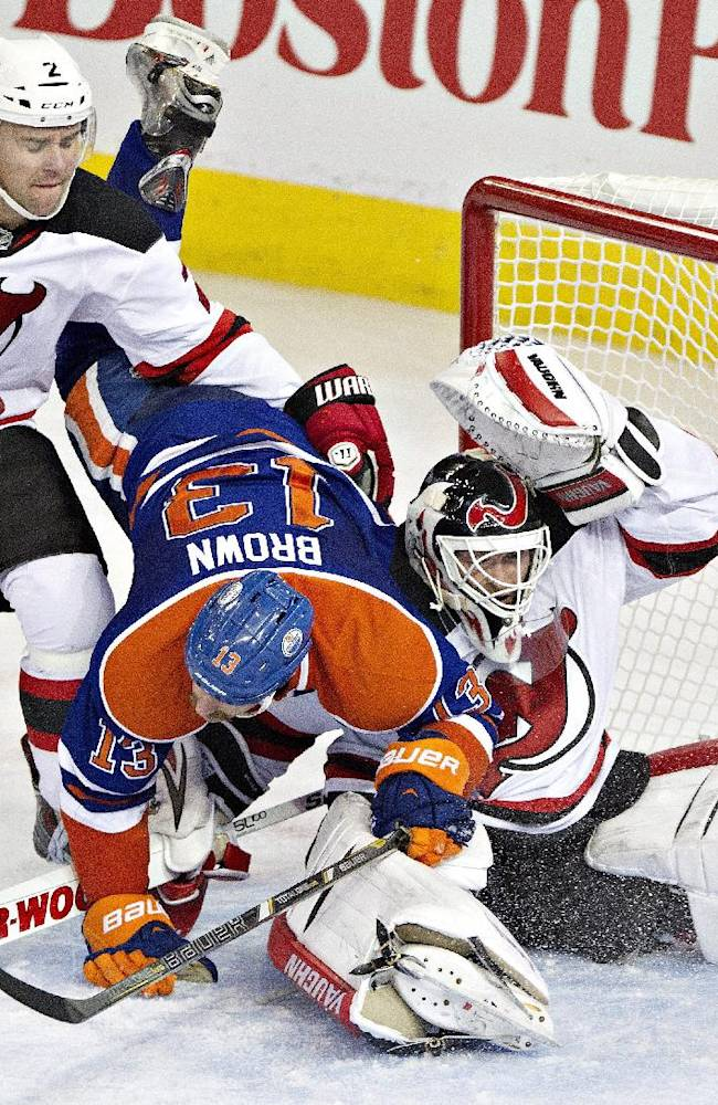 Oilers rally from 3 goals down, top Devils in SO