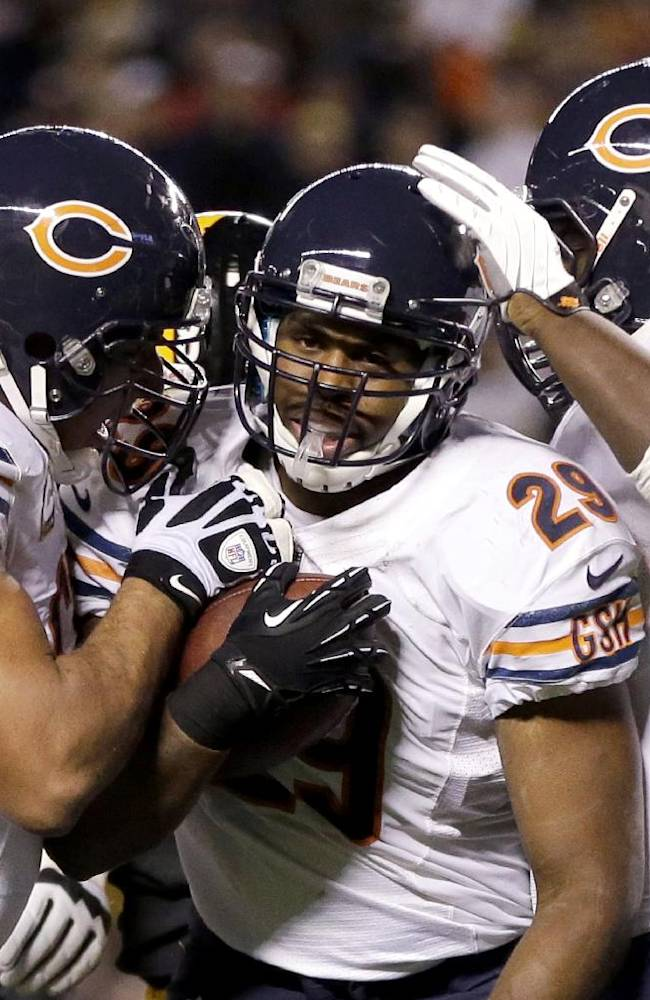 Bears stay unbeaten with 40-23 win over Steelers