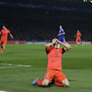 PSG ousts Chelsea on away goals with 10 men to reach QFs