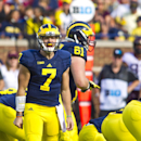 Michigan AD apologizes for mistakes with QB injury (Yahoo Sports)