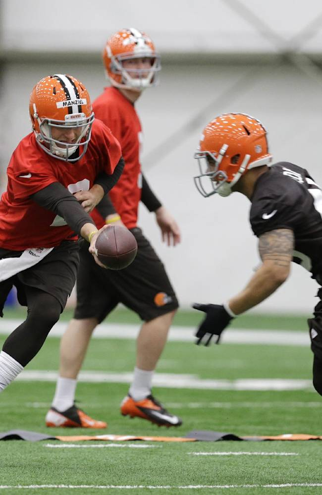 Browns QB Johnny Manziel: 'I'm just a rookie'