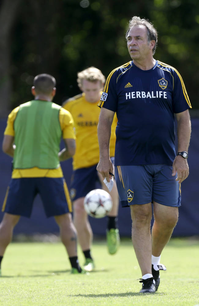 Galaxy sign Bruce Arena to contract extension