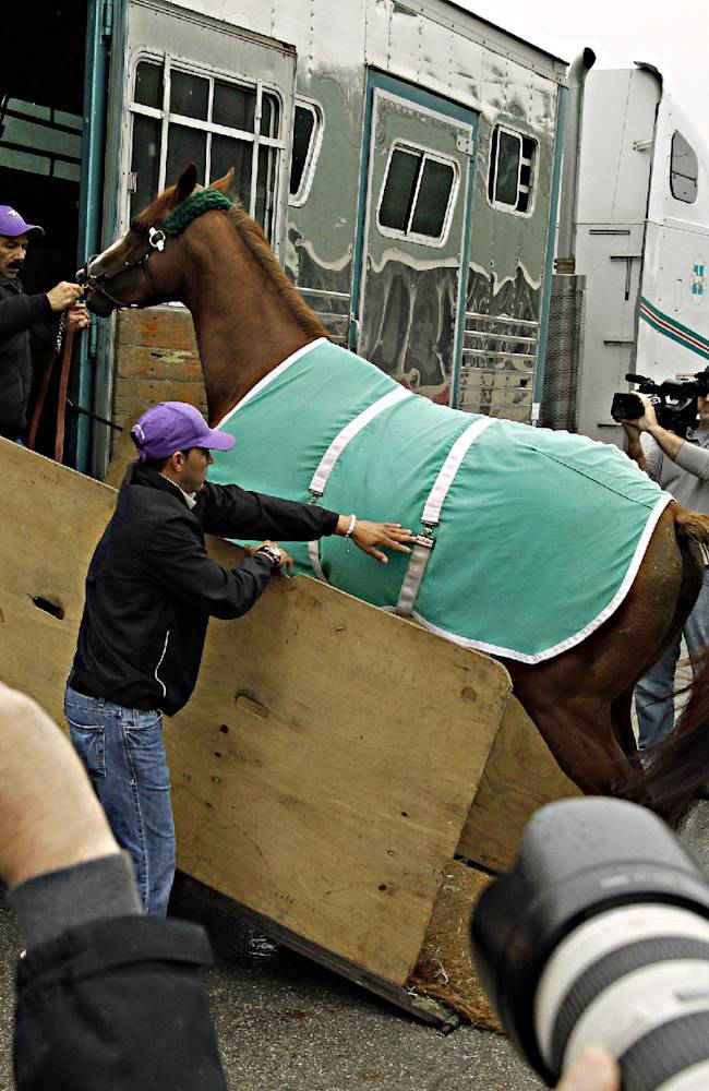 California Chrome has 77-year-old trainer dreaming
