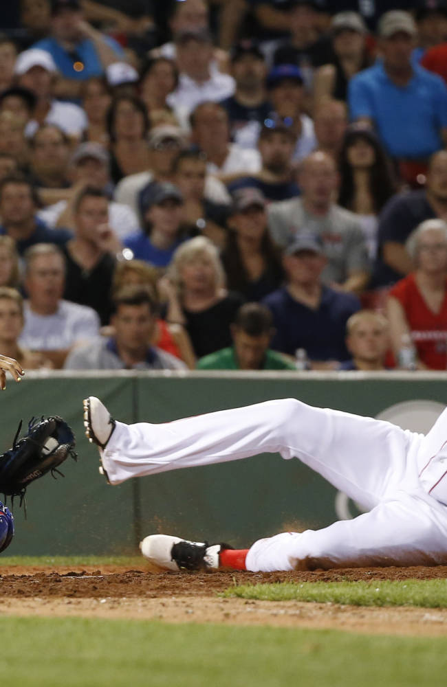 Cubs complete sweep over Red Sox, 16-9