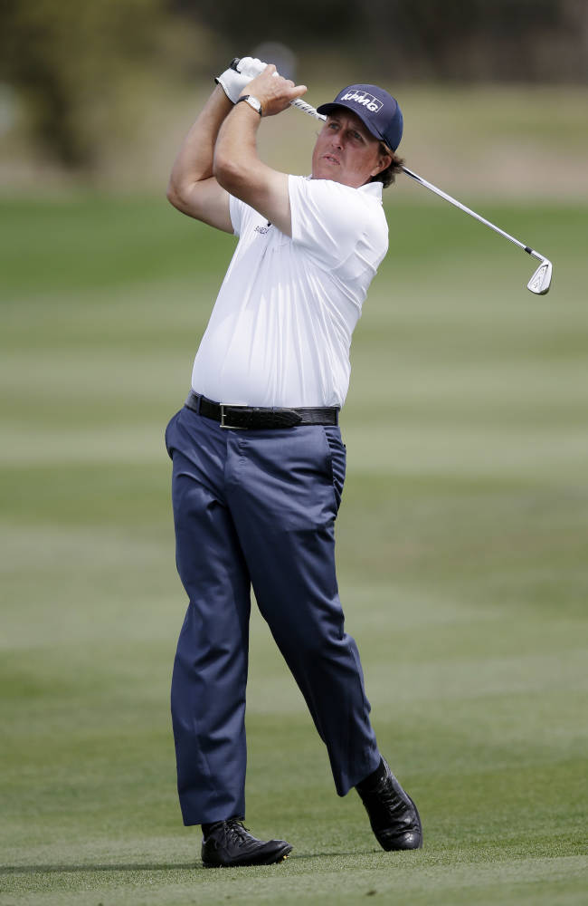 Mickelson recovered, among leaders at Houston Open