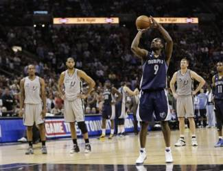Memphis Grizzlies' Tony Allen throws a free-throw during the second half in Game 2 of the Western Conference finals NBA basketball playoff series, Tuesday, May 21, 2013, in San Antonio. (AP Photo/Eric Gay)