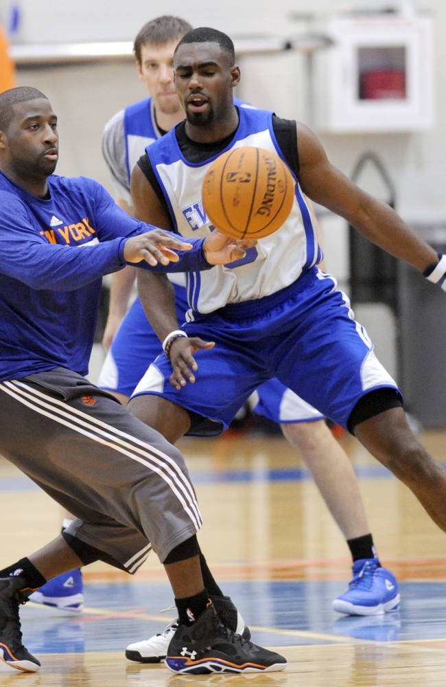 Smith, Amare sit, but Knicks insist they'll score
