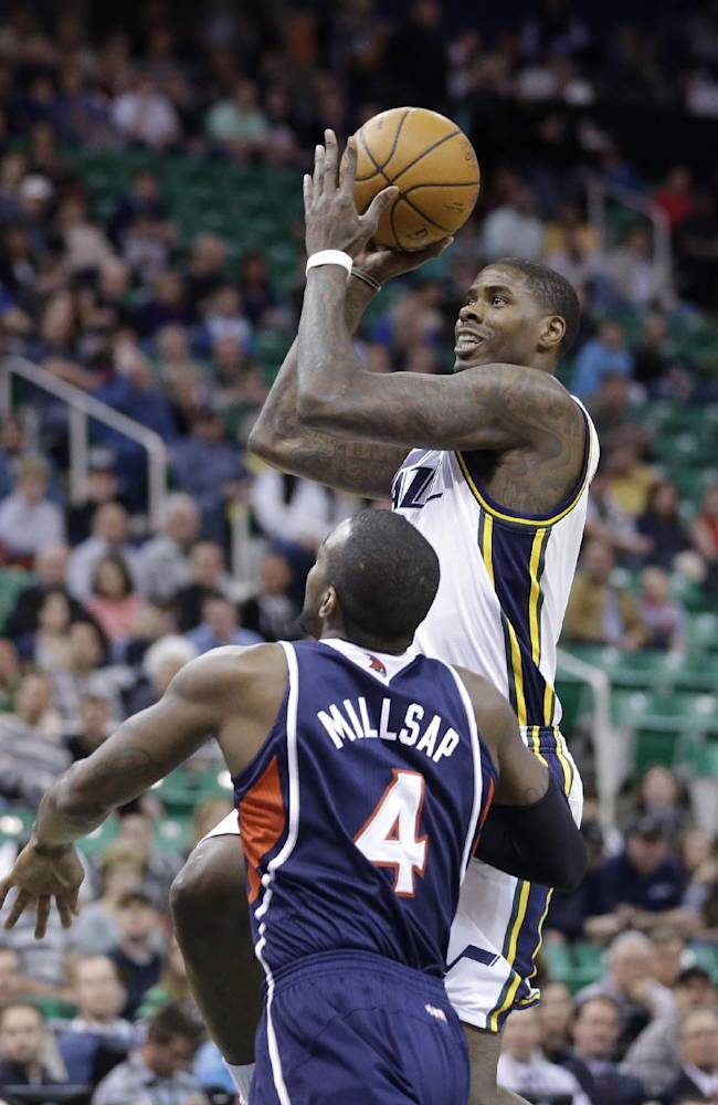 Korver, Millsap lead Hawks past Jazz