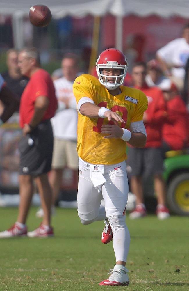Kansas City Chiefs quarterback Chase Daniel (10) throws during practice Monday morning, Aug. 11, 2014, on the Missouri Western State University campus in St. Joseph. Mo