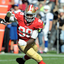 Tight end Vernon Davis arrives at training camp The Associated Press