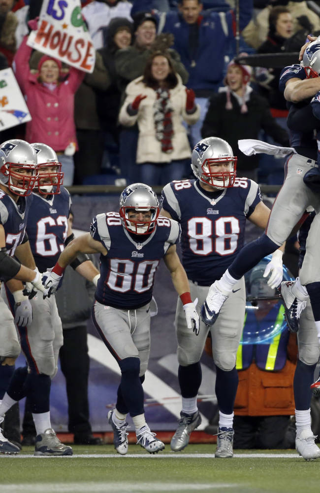 Patriots keep winning with comebacks