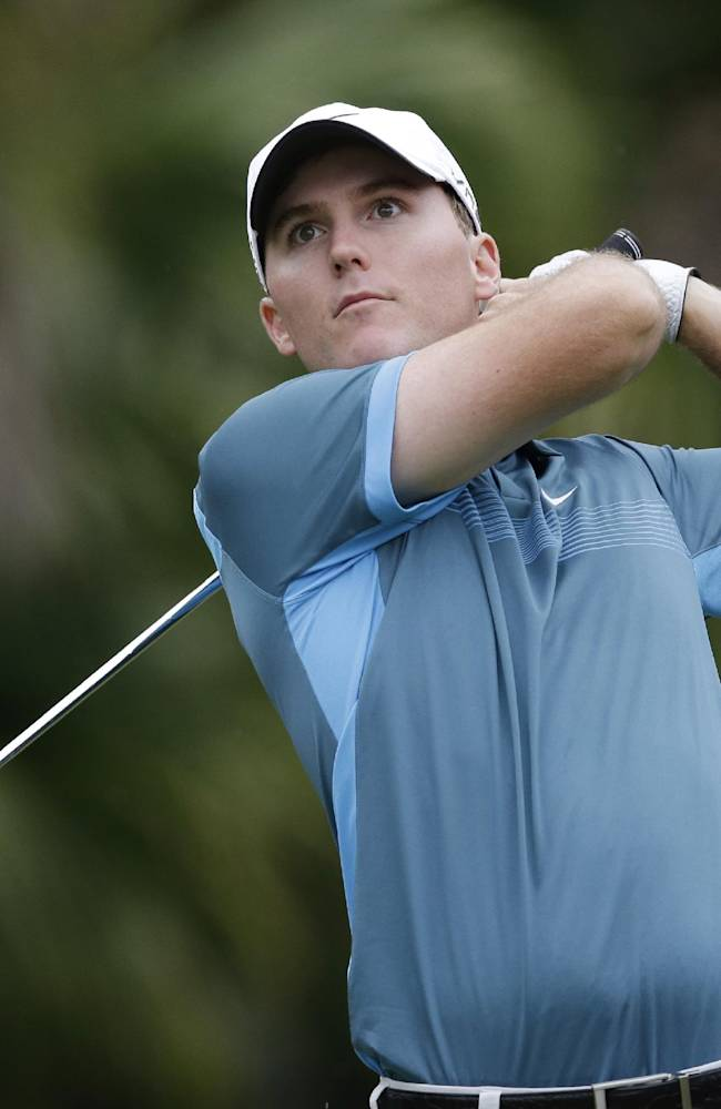 Reed ends long 1st round with the lead at Doral