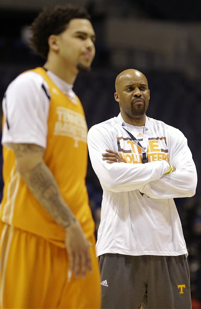 Tennessee head coach Cuonzo Martin watches a drill during practice for their NCAA Midwest Regional semifinal college basketball tournament game Thursday, March 27, 2014, in Indianapolis. Tennessee plays Michigan on Friday, March 28, 2013
