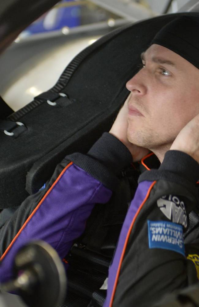 Denny Hamlin driving for Daytona sweep