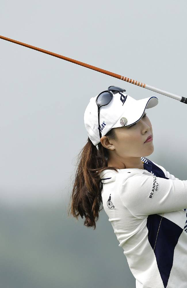 Hee Kyung Seo, of South Korea, tees off on  the forth hole during the second round of the Reignwood LPGA Classic golf tournament at Pine Valley Golf Club on the outskirts of Beijing, China, Friday, Oct. 4, 2013