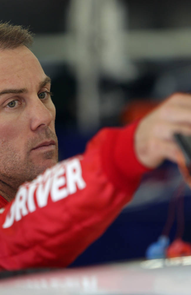 Harvick dismisses wins as key to Cup title