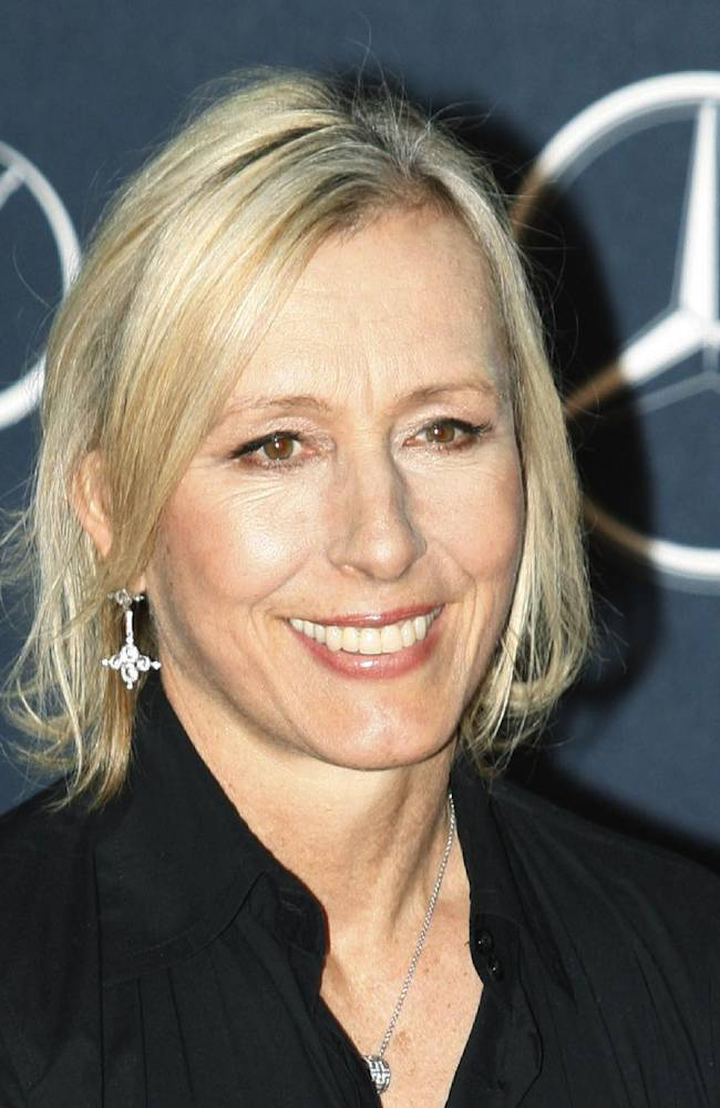 Navratilova to join Radwanska's coaching team