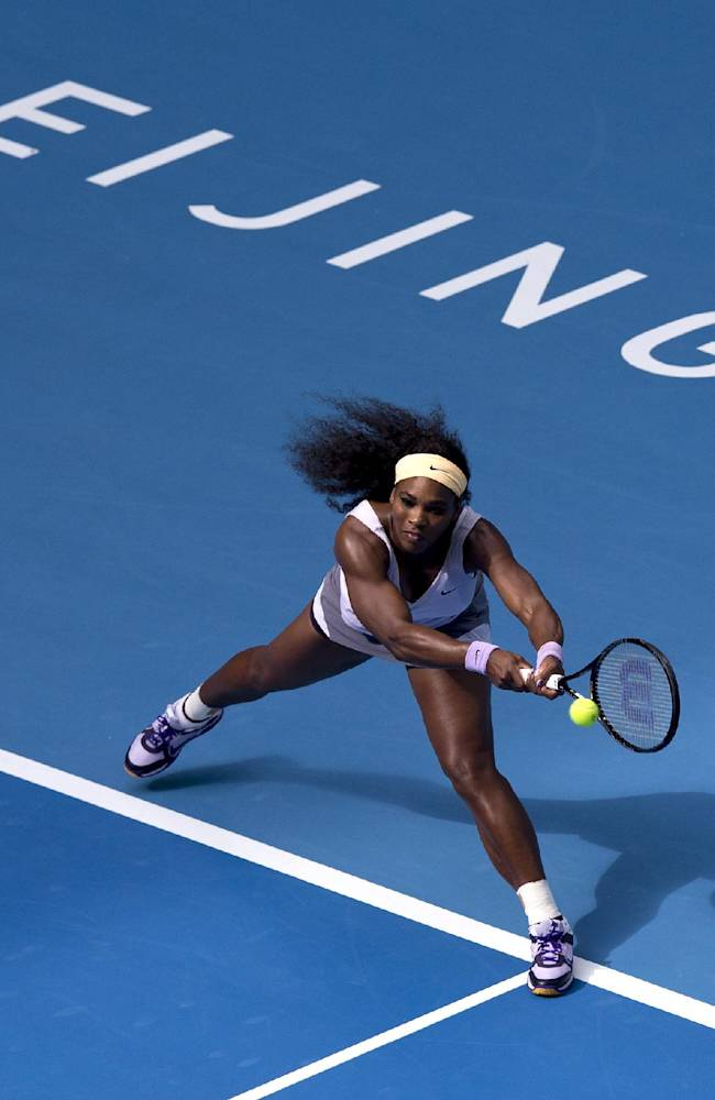 No. 1s Djokovic, Serena advance at China Open