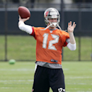 Tampa Bay Buccaneers quarterback Josh McCown throws during a voluntary NFL minicamp football practice Tuesday, April 22, 2014, in Tampa, Fla The Associated Press