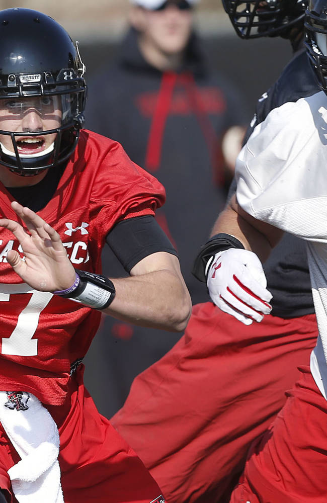 Kingsbury: QB Webb will start for Texas Tech