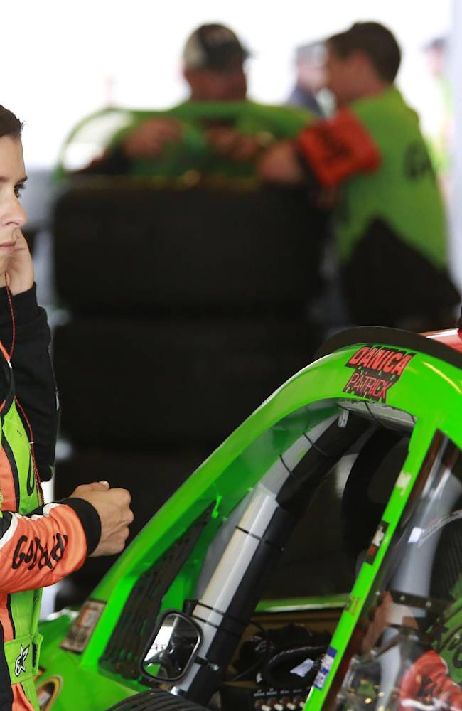 NASCAR drivers adjusting to new rules package at Brickyard