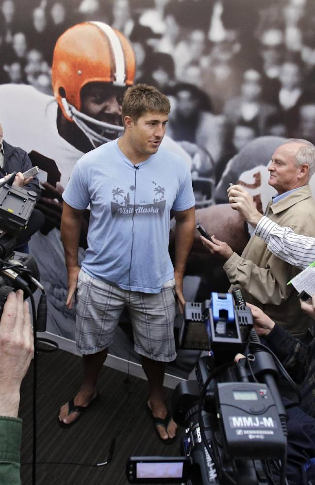 Browns' Mack looking forward with business over