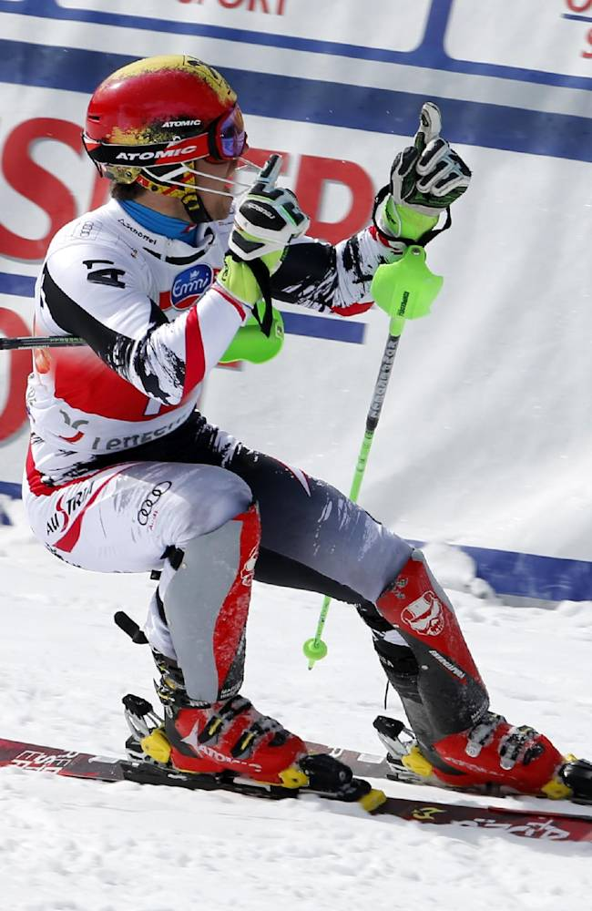 Austria's Hirscher, Fenninger sweep at WCup Finals