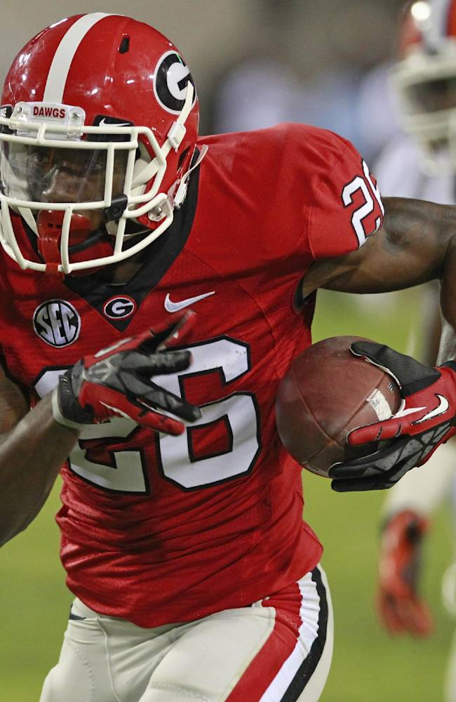Georgia receiver Malcolm Mitchell hurts knee again